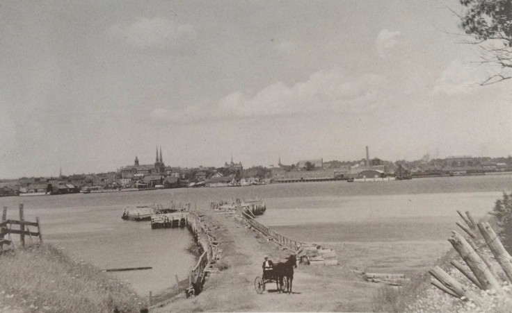 The Ferry Wharf in Southport (now Stratford) as it appeared c. 1910.
